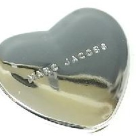 MARC JACOBS - Shiny Heart Compact silver