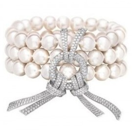 CHANEL - Chanel pearls and pave