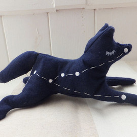 EclecticCabinet - stuffed animal toy constellation Vulpecula (little fox)