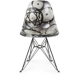 Beyond The Streets - FUTURA Case Study® Side Shell Eiffel Chair