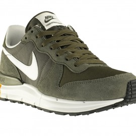 Nike - Lunar Internationalist - Cargo Khaki/Summit White/Mdm Olive/SQ