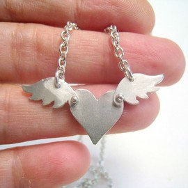 meltemsem - Like a Bird Heart Necklace