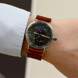 Ressence - 1001 Explained by CEO Benoit Mintiens