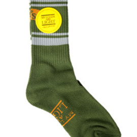 MY LOADS ARE LIGHT - the BAD SON Line Sox (dark green)