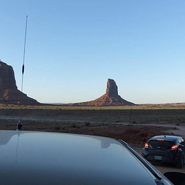Monument Valley Navajo Tribal Park - On the road