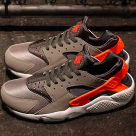 Nike - NIKE AIR HUARACHE 「LIMITED EDITION for NONFUTURE」