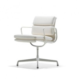 Herman Miller - Eames Soft Pad Side Chair (white)