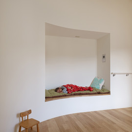 ニッチ - House in Sayo by FujiwaraMuro Architects