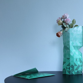 PePe Heykoop & Tiny Miracles FOUNDATION - Paper Vase Cover (green)