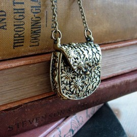 Violette Tiny Purse Necklace - $20
