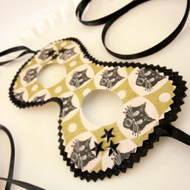 Black Cat with Stars Party Mask,