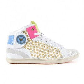 """Barons Papillom - Barons White perforated leather, small """"ursula"""" gold studs"""