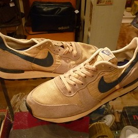"NIKE - 「<used>80's NIKE EQUATOR beige/navy""made in USA"" size:US9?(27cm?) 8800yen」完売"