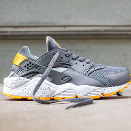 Nike - Air Huarache Grey/Orange