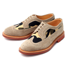 A BATHING APE® x MARK MCNAIRY - BAPE CAMO Full Brogue Shoes