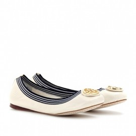TORY BURCH - CAROLINE 2 CRINKLED PATENT LEATHER BALLERINAS
