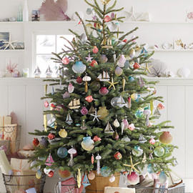 Martha Stewart - Sea-Inspired Tree