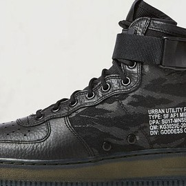 NIKE - Nike SF Air Force 1 Mid