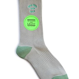 MY LOADS ARE LIGHT - NEVER NEVER Sox (olive)