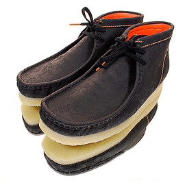 Clarks - Chinese New Year Edition Wallabee