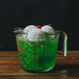 J.S.BURGERS CAFE - MONSTER CREAM SODA