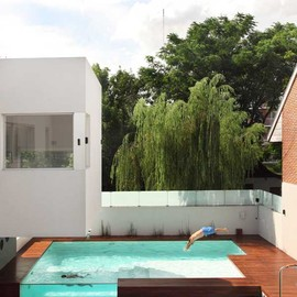 Andres Remy - Devoto house & Swimming Pool