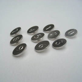 Lindalewin - Silver Lucky Number Buttons