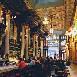 NY - café Photo by Danger In Design