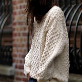 over sized jumpers and skinnies.
