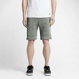 NIKE - Tech Fleece Men's Shorts