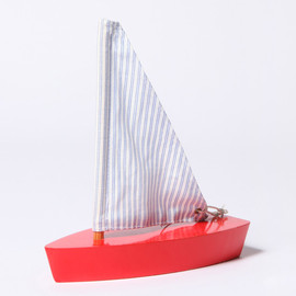 MARGARET HOWELL - BOAT RED