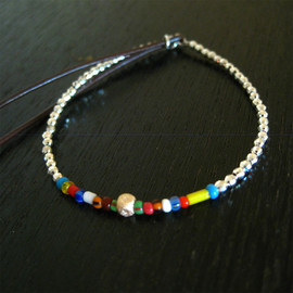 CATHERINE MICHIELS / キャサリンミッシェル - キューブブレスレット (14kt YG cubes and 2-2 5mm African beads on SS faceted beads)