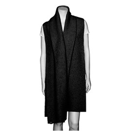 Marianne Abelsson - Fleece Shawl, Black