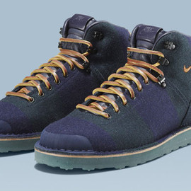 NIKE and FOX BROTHERS COLLECTION - NIKE AIR MAGMA