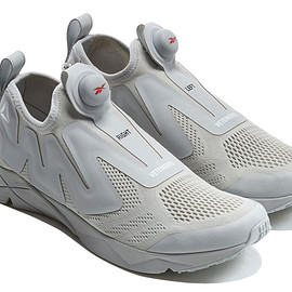 VETEMENTS × REEBOK - PUMP SUPREME