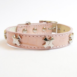 design f - collar f cross  pink