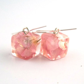 SpottedDogAsheville - READY TO SHIP Pink Resin Earrings.   Pressed Flower Earrings.  Handmade Jewelry with Real Flowers - Larkspur