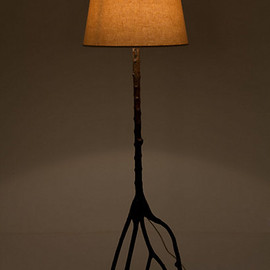 Wild Oak Floor Lamp