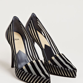 TOGA - Toga Women's Striped Velvet Heels