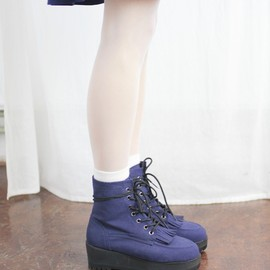 Indian Platform Ankle Boots Navy  http://www.thewhitepepper.com/collections/new-in/products/indian-platform-ankle-boots-navy