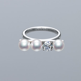 TASAKI pretty in pearls