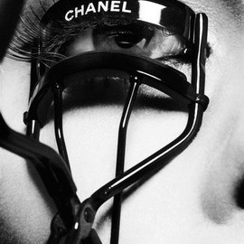 CHANEL - eyelash curler