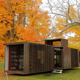 "Werner Aisslinger Architect - ""DropHouse"" loft cube (mobile home)"