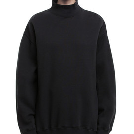 Acne - Beta black