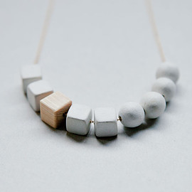 necklace - to / la-nl03