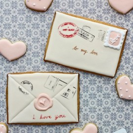 Valentine card cookies