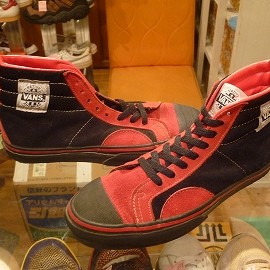 """vans - 「<used>80's vans NATIVE AMERICAN black/red""""made in USA"""" size:US9/h(27.5cm) 39800yen」完売"""