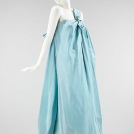 Givenchy - Evening dress, Hubert de Givenchy, 1960. French, silk.