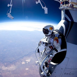 128,100 feet Free Fall (The RedBull Stratos Project)