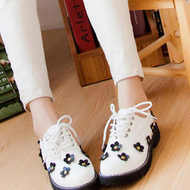 fashion - Image of [grzxy61900250]Studded Rivet Flower Casual Creeper Slip On Loafer Shoes